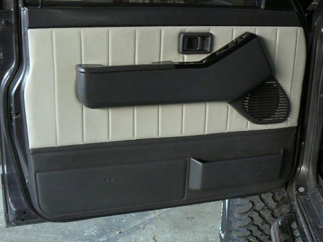 Jeep Nisan Patrol - Boky