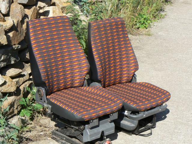 Multicar - sedačky