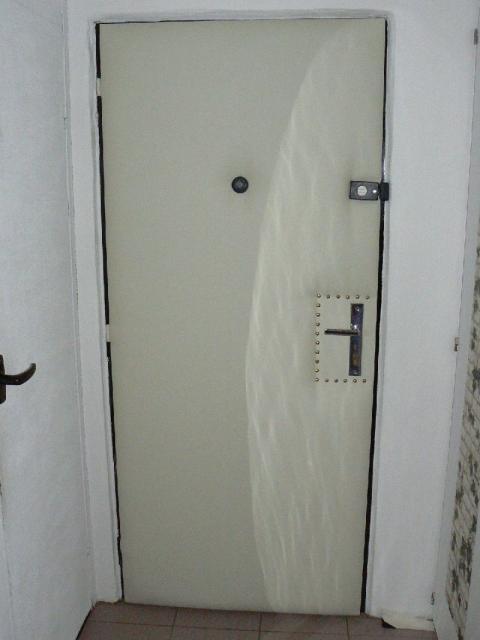 Potažení dveří.